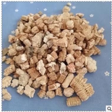 供应孵化蛭石3-6MM金黄色膨胀大颗粒蛭石暖宝宝蛭石