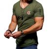 厂家直销2020跨境男士时尚短袖欧美风V领T恤 男式印花修身打底衫