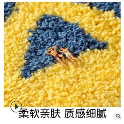 新款卡通植绒卫生间门口地垫地毯 家用厕所浴室防滑吸水门口脚垫