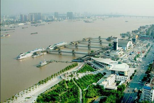 舟山构建数字自贸区江海联运一站式全场景服务